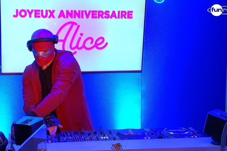 Sound Of Legend en mix pour l'anniversaire d'Alice