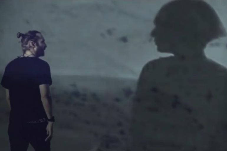 David Guetta et Sia font la fête dans le désert