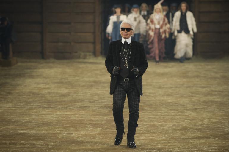 Karl Lagerfeld lors du défilé Chanel, le 10 décembre 2013 à Dallas