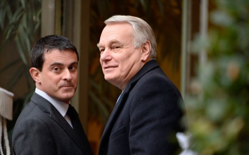 Manuel Valls et Jean-Marc Ayrault, le 3 janvier, à Paris. (archives)