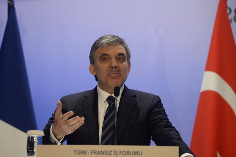 Abdullah Gül, ici à Istanbul le 28 janvier 2014, a promulgué une loi controversée sur internet.