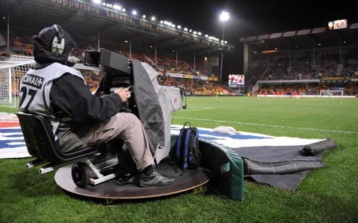 Un caméraman au stade Félix Bollaert de Lens