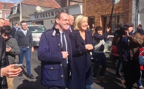 Steeve Briois et Marine Le Pen à Hénin-Beaumont dimanche 23 mars 2014