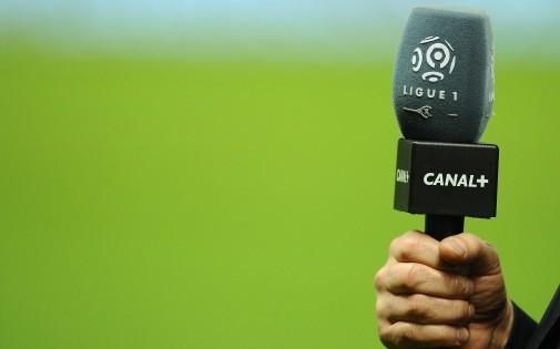 Le micro de Canal+, qui vient de s'attribuer les meilleures affiches de Ligue 1 pour la période 2016-2020