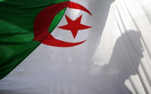 Le drapeau algérien, le 26 février 2011, à Alger. (archives)