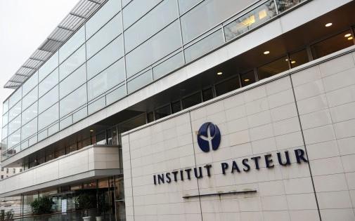 Façade de l'Institut Pasteur, le 14 novembre 2008 à Paris (archives)