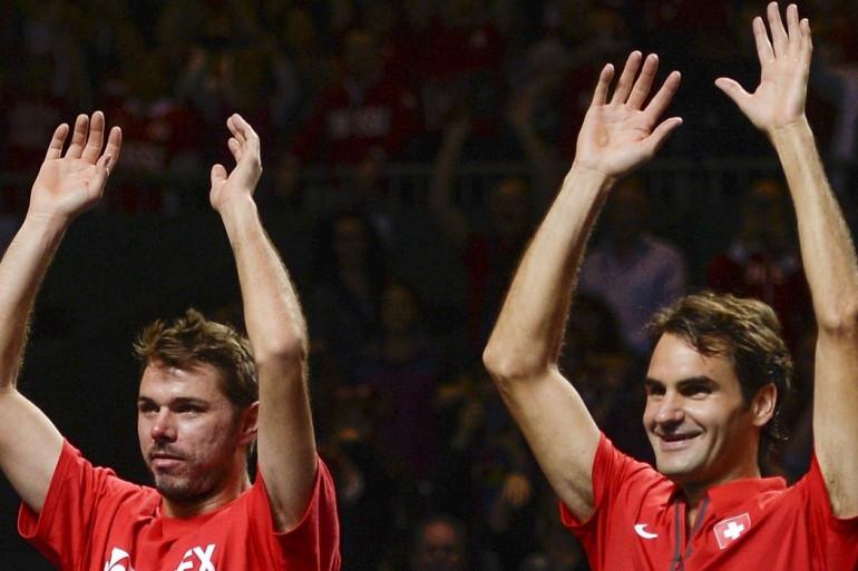 Federer et Wawrinka lors de la victoire de la Suisse face au Kazakhstan en Coupe Davis, le 6 avril 2014