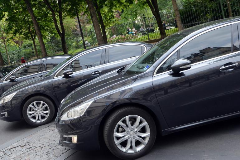 """Des Peugeot 508 utilisées par """"Le Cab"""", société de VTC, comme Uber, pointée du doigt par les taxis en colère"""