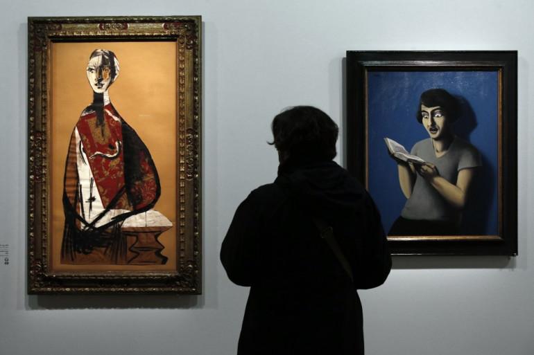 """""""Portrait d'une femme"""" de Pablo Picasso (1928) et """"La lectrice soumise"""" de René Magritte (1928)"""