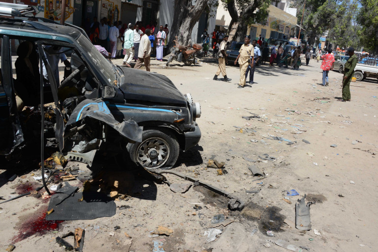 Le site d'un attentat à Mogadiscio, le 21 avril 2014 (archives)