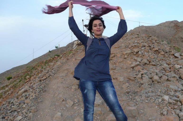 Des iraniennes posent sans leur voile sur Facebook