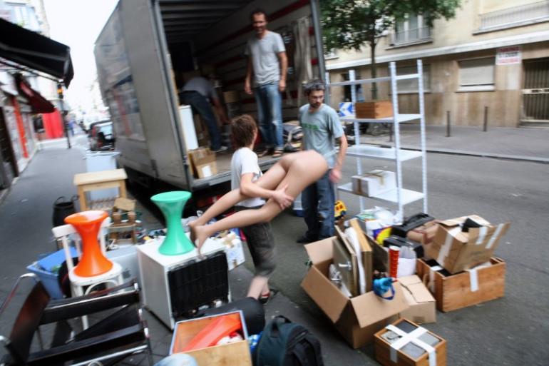 Un déménagement à Paris, le 28 juin 2009