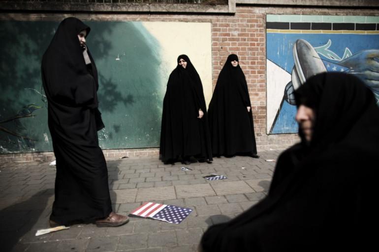 A Téhéran, en Iran, les femmes peuvent reçevoir un avertissement dans la rue pour non-respect du port du voile (image d'illustration)