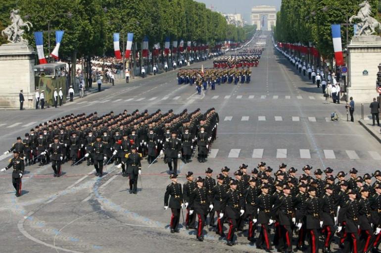 Le défilé militaire du 14-Juillet sur les Champs-Élysées
