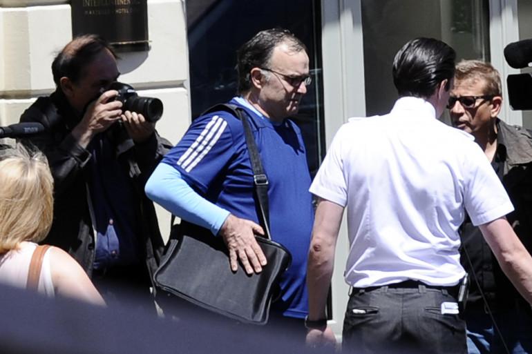 Marcelo Bielsa quitte son hôtel marseillais, le 24 mai 2014