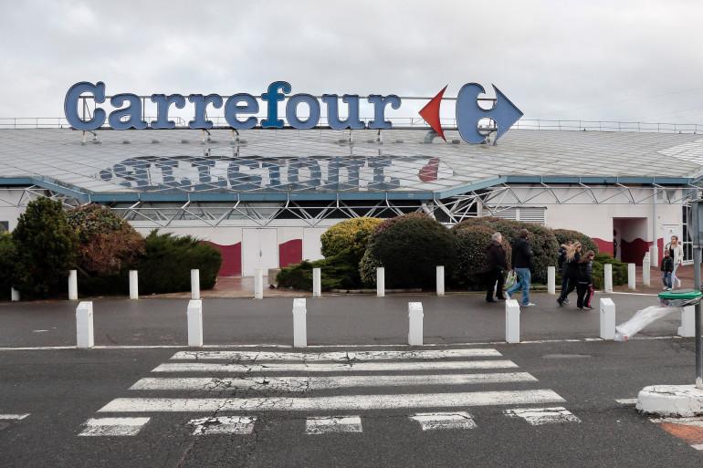 Le centre commercial Carrefour de Villiers-en-Bière, près de Melun (Seine-et-Marne).
