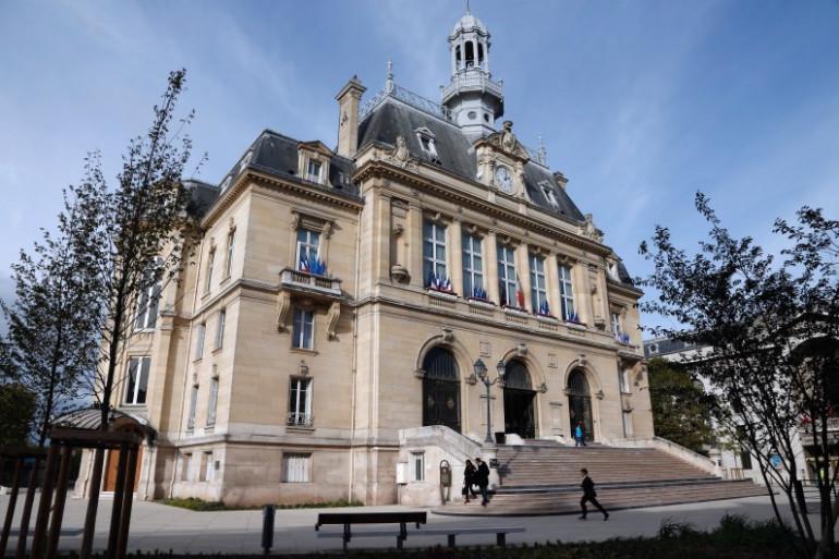La mairie d'Asnières-sur-Seine en octobre 2013 (archive).