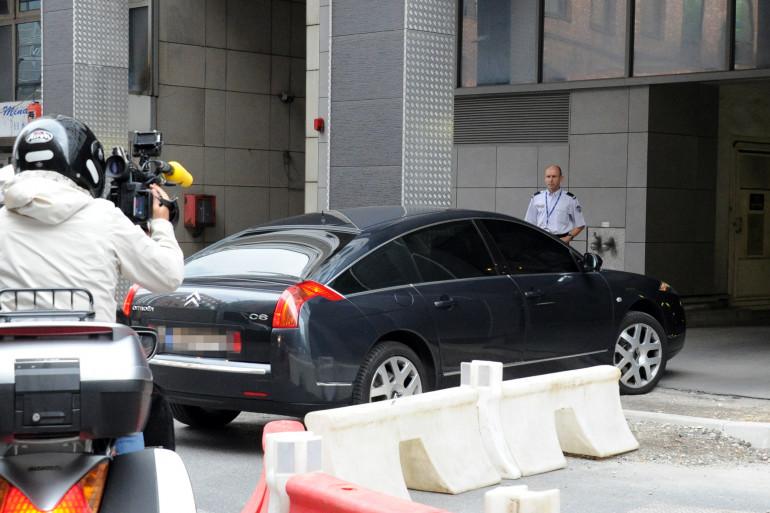 Nicolas Sarkozy arrive au siège de la direction centrale de la police judiciaire à Nanterre, le 1er juillet 2014.