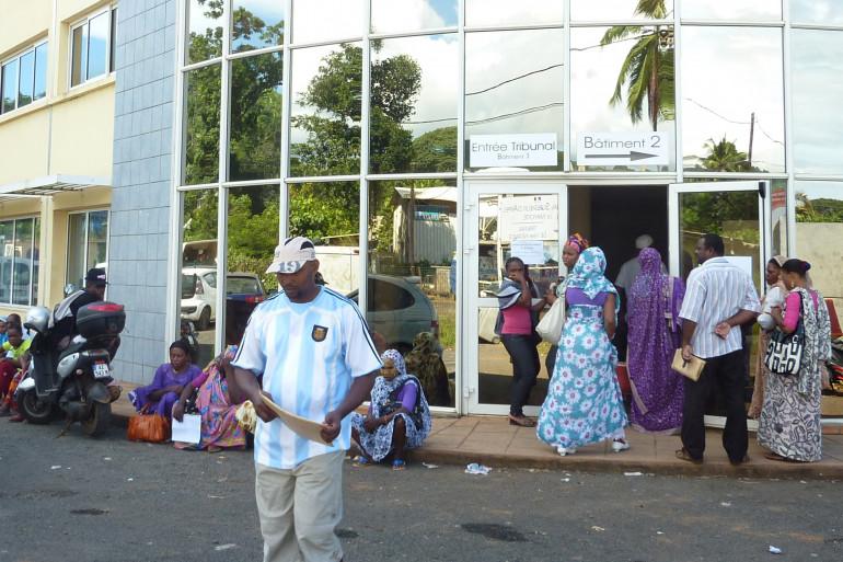 L'entrée du tribunal supérieur d'Appel de Mayotte et du Tribunal de 1ère instance, à Mamoudzou sur Grande-Terre, la plus grande île de Mayotte, en 2011.