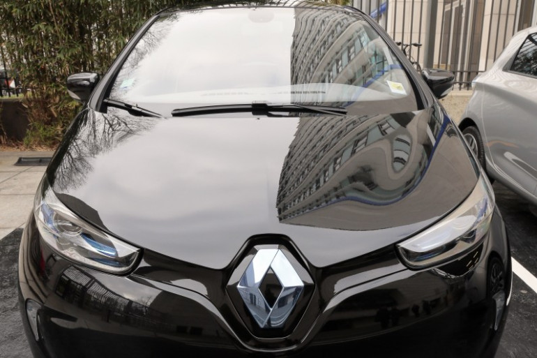 Une Renault Zoé, véhicule électrique, le 17 mars 2014 à Paris (archives)