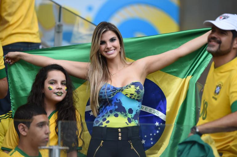 Une supportrice brésilienne lors de Brésil-Allemagne le 8 juillet 2014