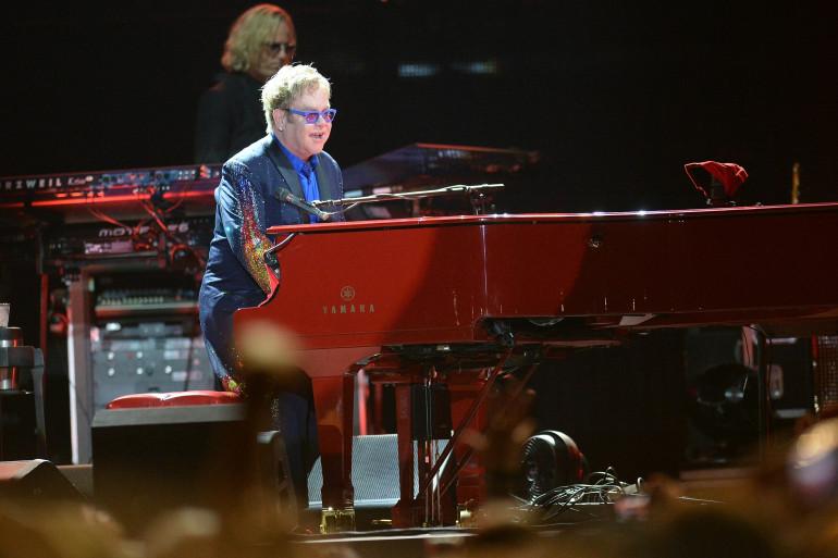 Elton John a enthousiasmé le public des Vieilles Charrues