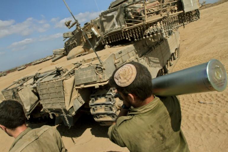 Des soldats israéliens près de la bande de Gaza, le 26 juillet 2014.