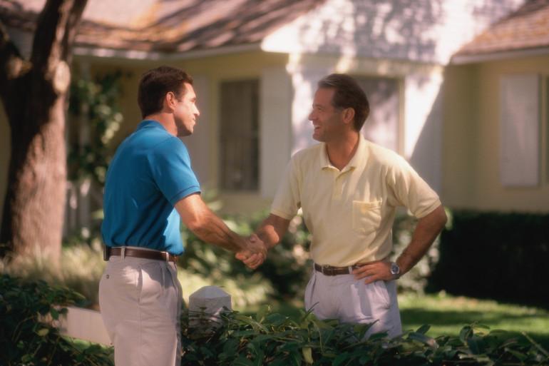 Les relations de voisinage (photo d'illustration)