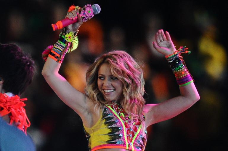 """Le titre """"Loca"""" chanté par Shakira a été reconnue comme étant une copie illégale."""