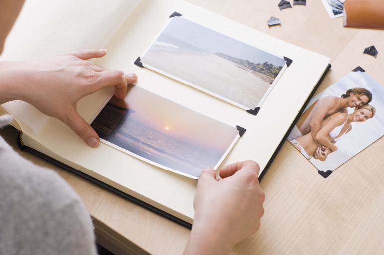 Plutôt que d'être mises dans un album, les photos peuvent devenir des éléments de décoration chic