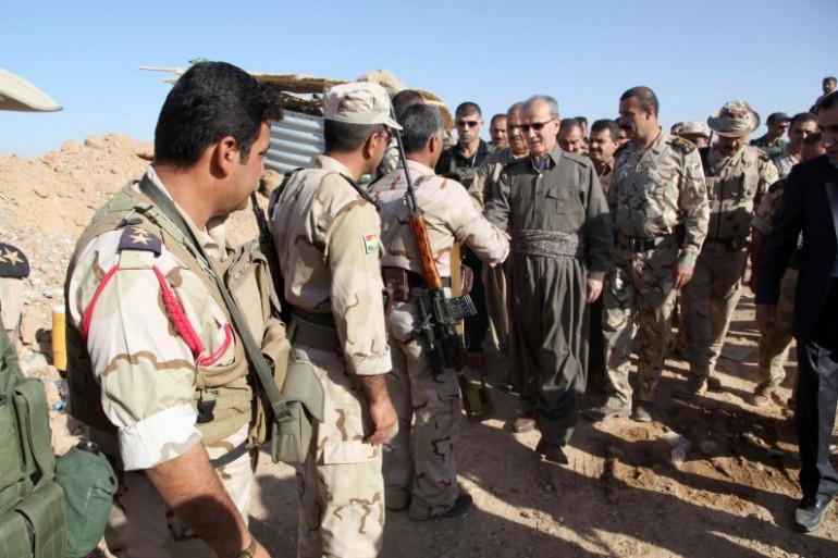 Des soldats membres des forces kurdes, près de Kirkouk, le 28 juillet 2014.
