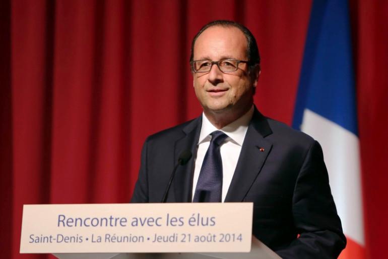 François Hollande en tournée en Outre-mer, le 21 août 2014 à Saint-Denis de La Réunion