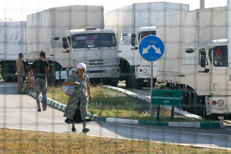 Le convoi humanitaire russe à la frontière ukrainienne près de Donetsk, le 22 août 2014.