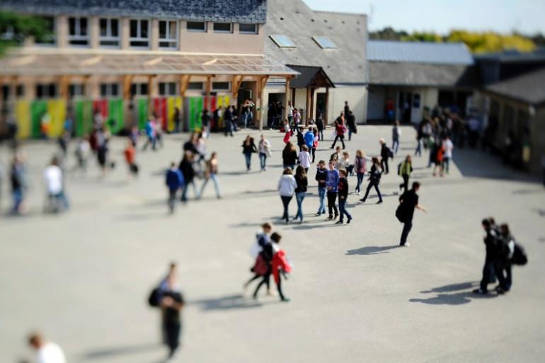 La cour de récréation d'un établissement scolaire