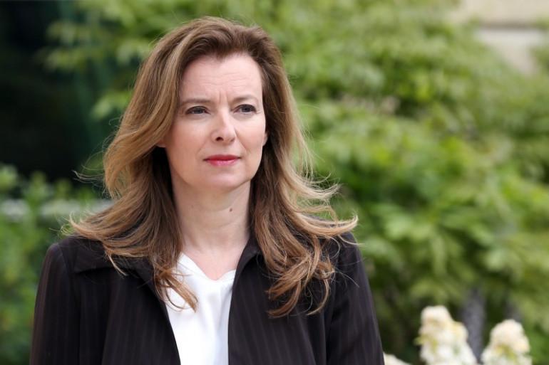 Valérie Trierweiler dans les jardins de l'Élysée, le 7 mai 2013 (archives)