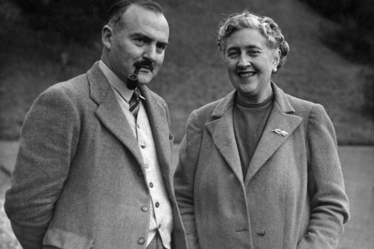 L'écrivain Agatha Christie, créatrice d'Hercule Poirot, et son mari en 1946.