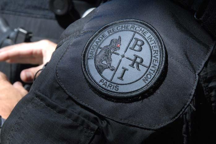 Uniforme d'un agent de la Brigade de Recherche et d'Intervention (BRI)