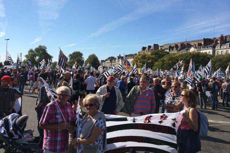 Des manifestants se sont rassemblées à Nantes pour la réunification de la Bretagne