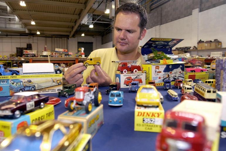 Les Dinky Toys étaient les premières voitures miniatures reproduites à l'identique