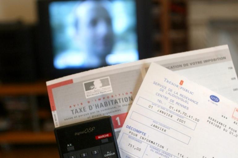 """François Hollande prône """"une assiette plus large et plus juste"""" pour la redevance audiovisuelle"""