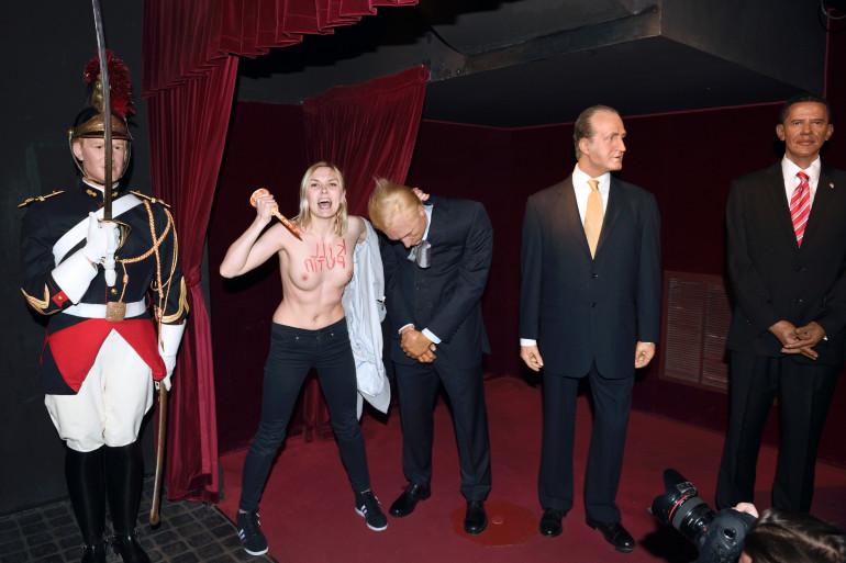 La Femen avait détruit à coup de pieu la statue de cire de Vladimir Poutine au musée Grévin le 5 juin à Paris (Archives)