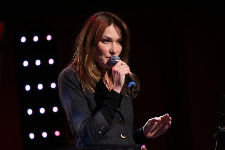 Carla Bruni dans Le Grand Studio RTL