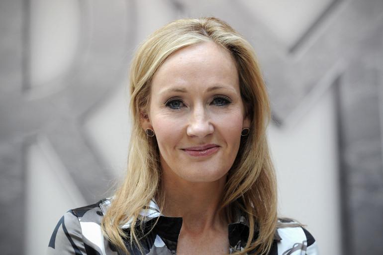 JK Rowling lors du lancement de Pottermore, sa plateforme en ligne sur l'univers d'Harry Potter, le 23 juin 2011