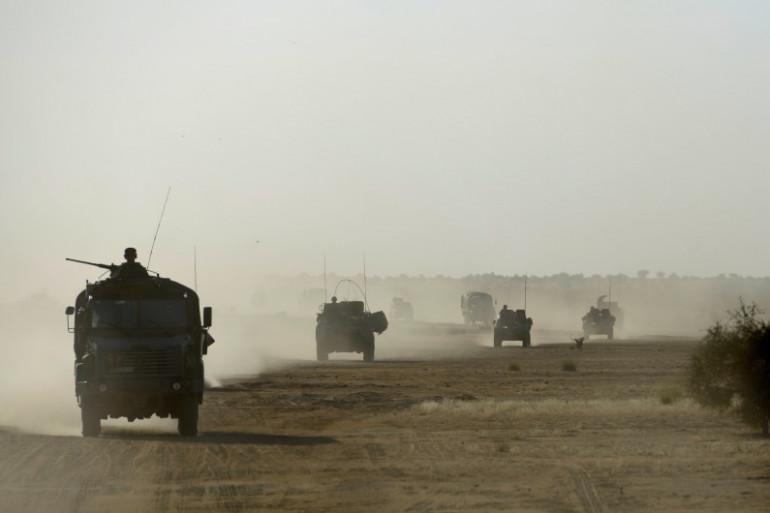 Un convoi français dans le nord du Mali, le 31 octobre 2013.