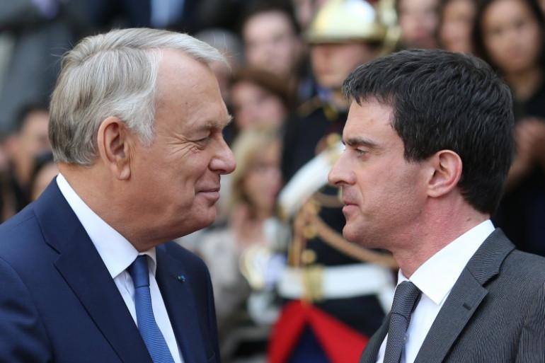 Jean-Marc Ayrault et Manuel Valls, le 1er avril 2014, à Paris. (archives)
