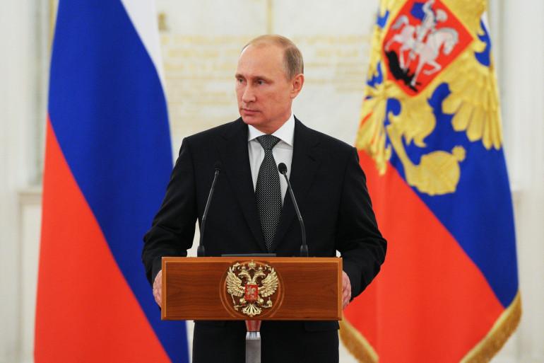 Vladimir Poutine lors d'une cérémonie d'attribution de décorations militaires, le 31 octobre 2014 au Kremlin