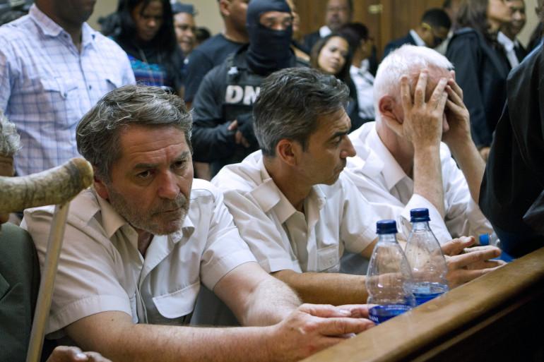 Trois des quatre Français accusés dans l'affaire Air Cocaïne, au tribunal de Saint-Domingue, en 2013.