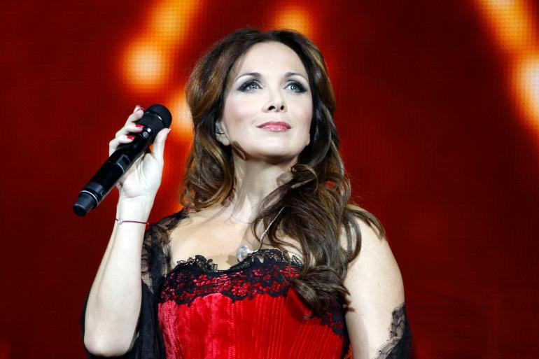 Hélène Ségara, lors d'un concert à Bercy le 16 décembre 2011
