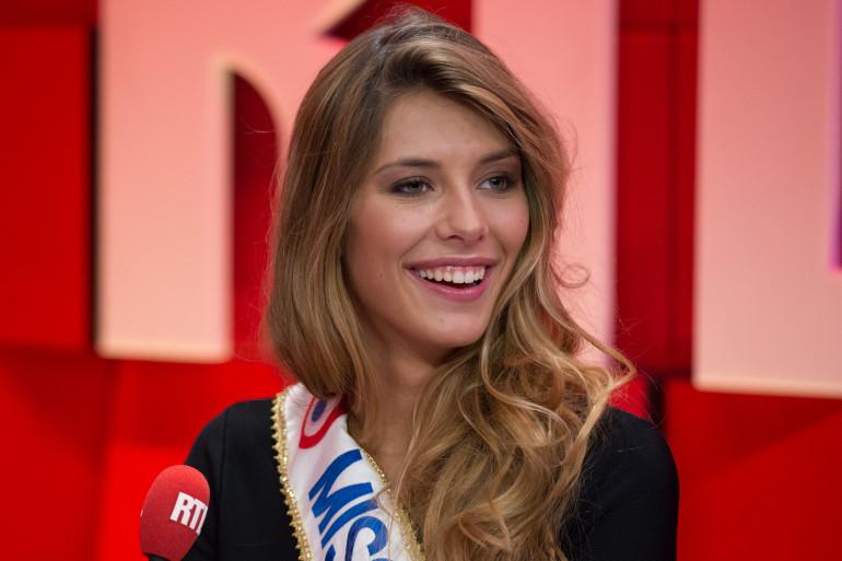 Camille Cerf, Miss France 2014, invitée de RTL, le 8 décembre 2014
