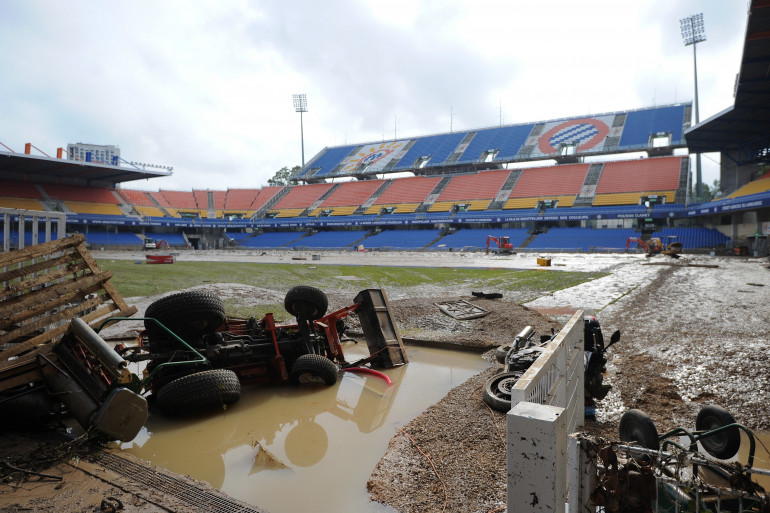 Le Stade de La Mosson à Montpellier, après les inondations, le 7 octobre 2014.